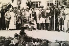 Anno-dazumal-_Irmgard-Reichle_1938.Ernst-Dangels-als-Schlangenmensch