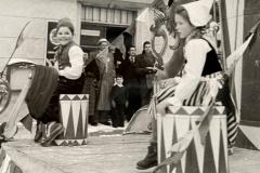 Anno-dazumal-_Irmgard-Reichle_auf-m-Trommelwagen