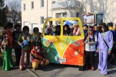 Glompiger Mittags Umzug - Love, Peace und Narro Hee