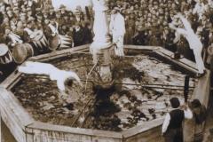 Brunnensprung 1933 – Brunnenspringer Eugen Fleischle und Josef Braun